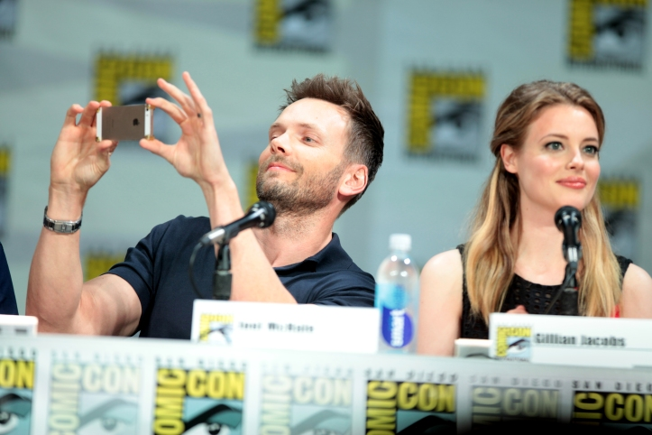 Joel McHale & Gillian Jacobs by Gage Skidmore